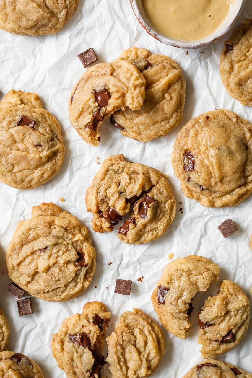 tahini chocolate chip cookies