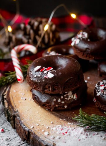 chocolate peppermint mochi donuts