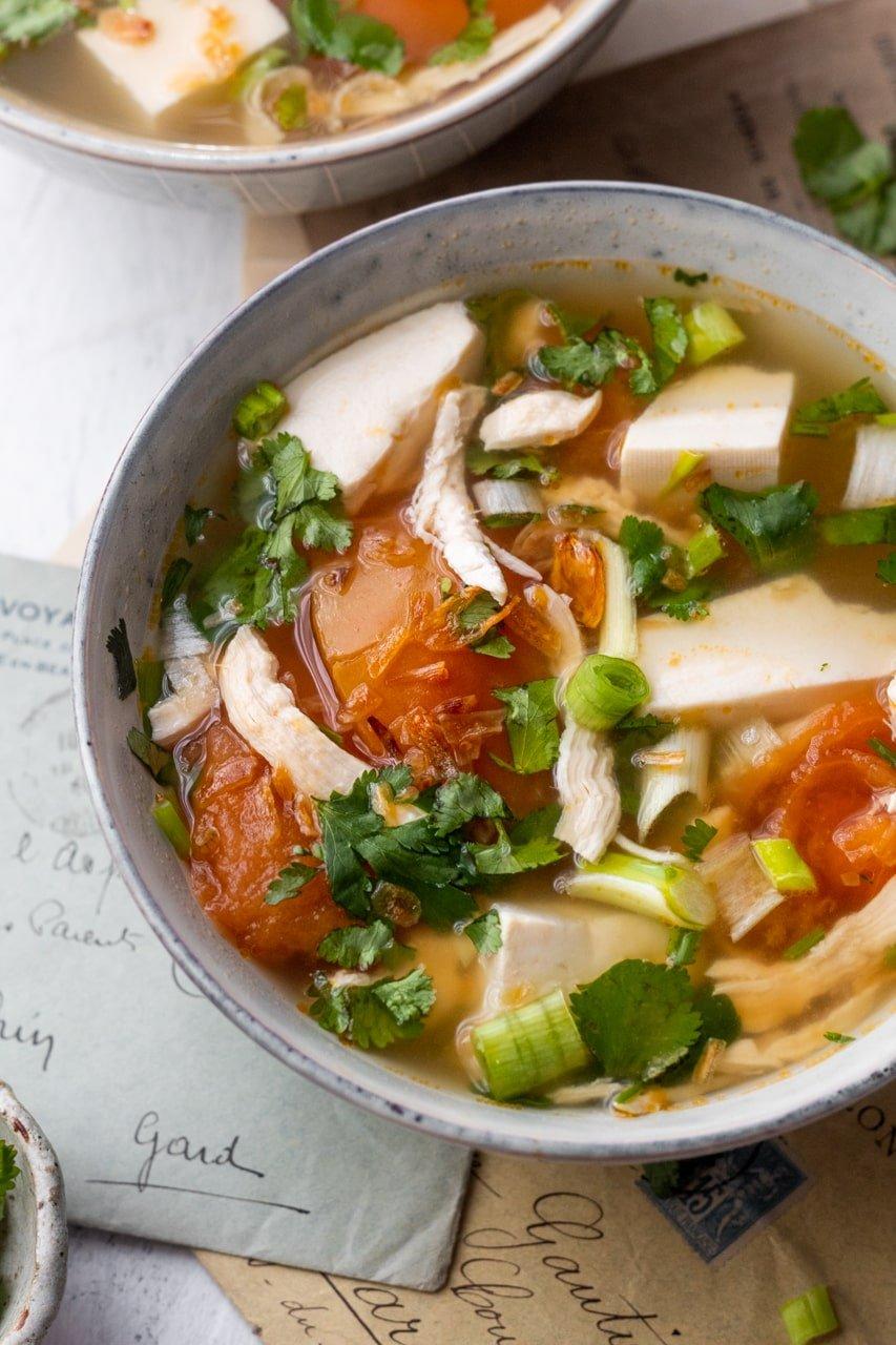 Vietnamese chicken tomato soup