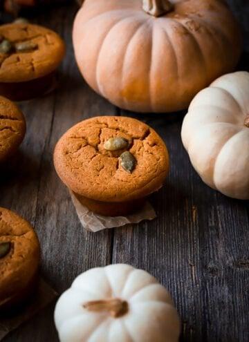pumpkin mochi muffins